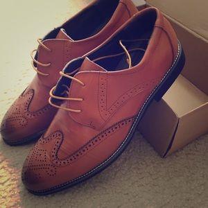 Shoes - Men's dress shoes